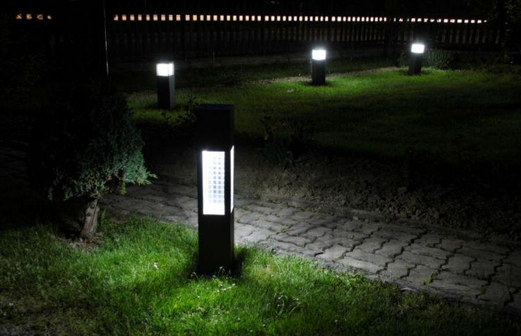 Garden Creations Solar Powered Led Accent Light Landscape Light ...