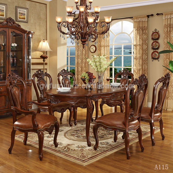 Classic italian dining room sets with leather dining chair for Italian dining room sets