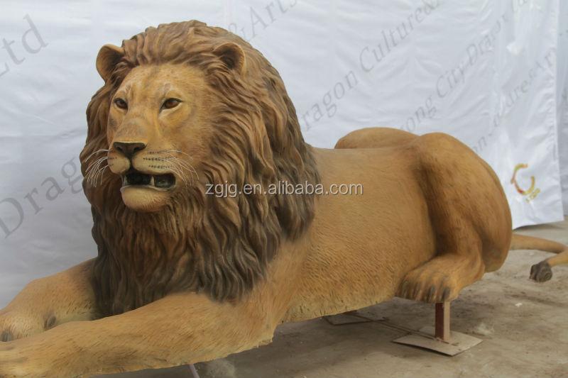 Fiberglass Life Size Lion Giraffe And Tiger Statue