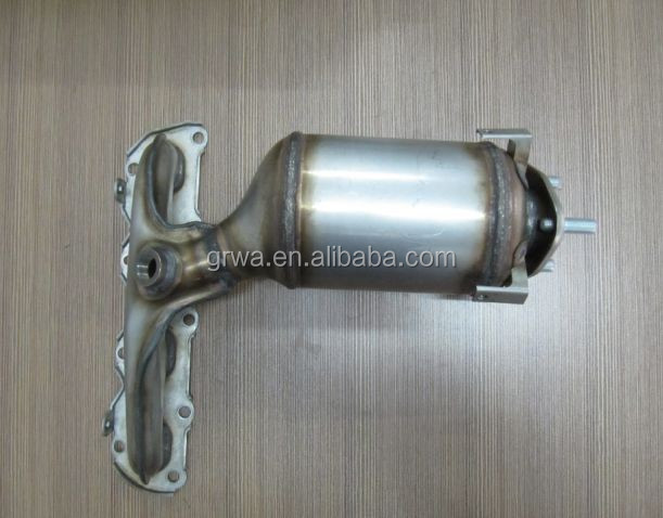 exhaust manifold catalytic converter