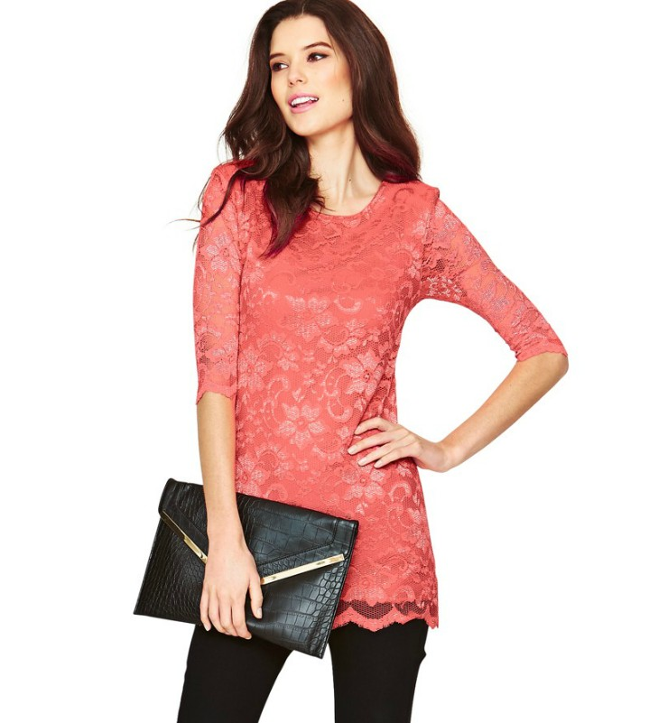 Stay on top of the latest trends with a variety of options. Shop our Women's New Arrivals Tops selection for bold fashion statements and enjoy the impeccable quality and attention to detail. Lucky Brand products are essential accents for your personal style.