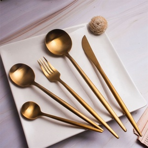 High Quality 18/10 Western Wedding Gifts Gold Flatware Matte Spoon Fork Knife Golden Cutlery Set
