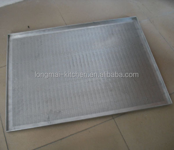 LM - BT05 / Hot selling 1.2mm perforated square baking trays