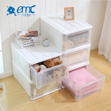 Large shallow foldable stackable vented plastic crate