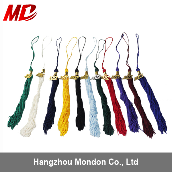 Wholesale high quality single color graduation tassel with year charm
