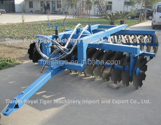 2.20 Offset disc harrow for sale, equipped with 660mm heavy duty disc blades and trailed by tractors