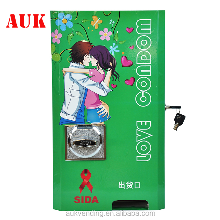 New condom tissue sanitary napkin vending machine for sale