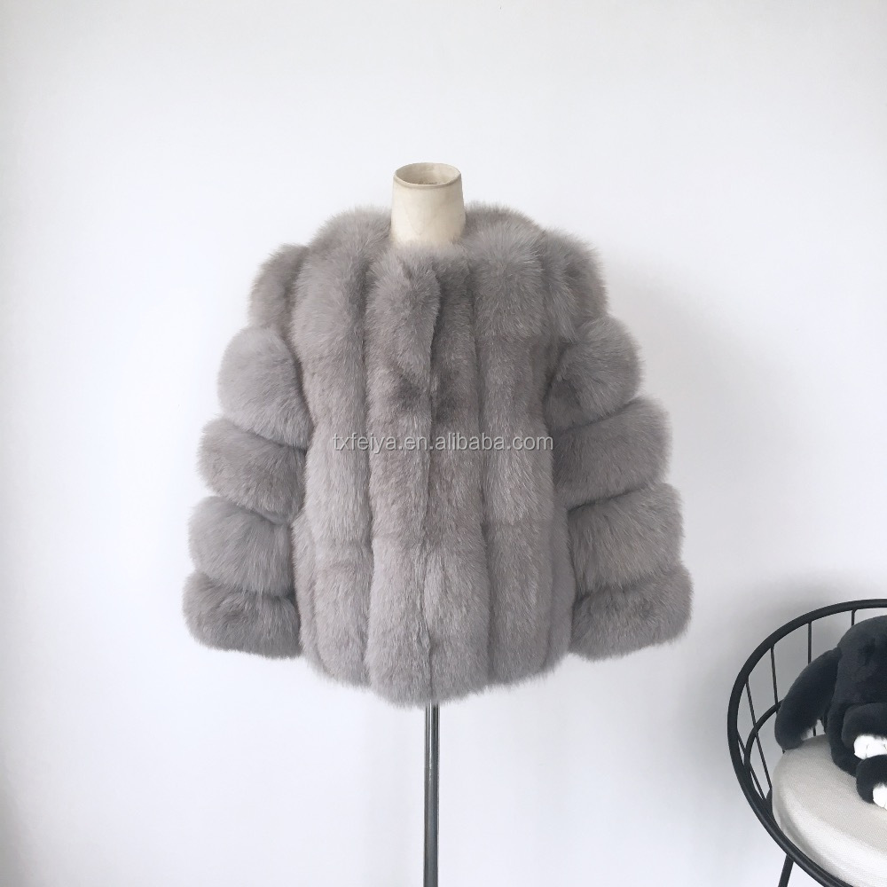 Short Style Whole Skin Lady Winter Fur Coat 2017 Fox Cheap Fur Coats