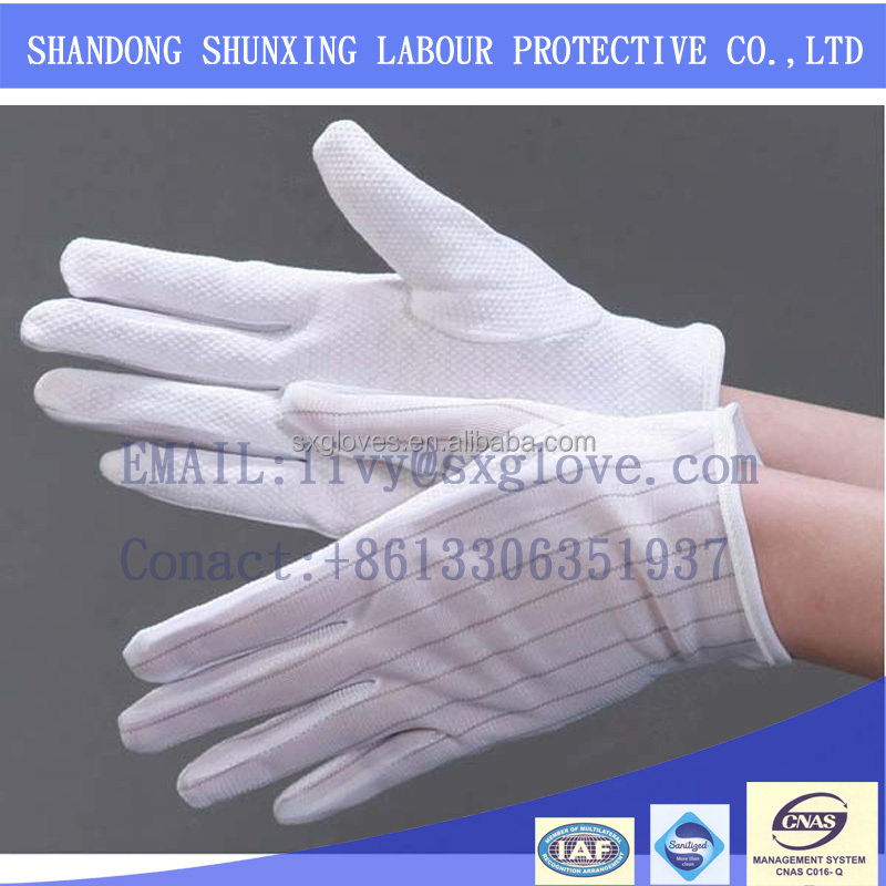 Antistatic gloves are used in the dustproof workshop dust gloves