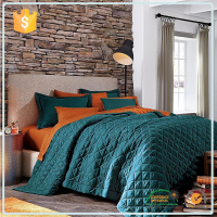 Wholesale China Market Twin Bedspreads And Quilts / Full Size Handmade Quilted Waterproof Home Goods Bedspread Fabric
