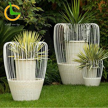 Self Watering Tall Square Rattan Planter Wholesale Outdoor Garden