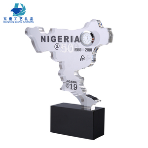 Manufacture Crystal Map Shaped Award trophy With crystal clock and black Base