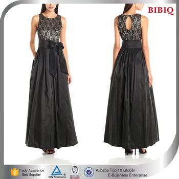Keyhole Back Wedding Dress With Black Sash Elegant Evening Dresses