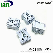 High Quality 2 Pole Lightning Connector For Easying Release And Connecting
