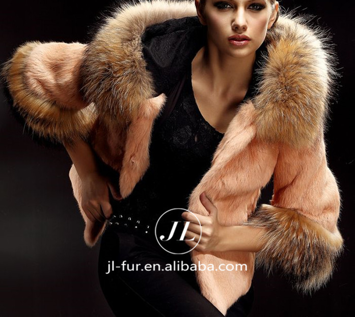 Hot Sale Raccoon Fur Trim Hood Turkey Fur CoatFur Jacket For