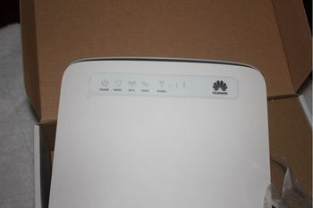 Huawei E5186s-61a Lte Fdd 700/1800/2600mhz Tdd2300mhz Cat6 300mbps Mobile  Wireless Gateway Router - Buy Wireless Panel,Router Pptp,Wireless Router