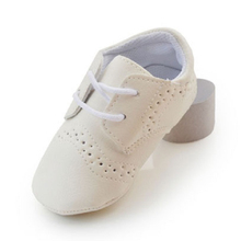 Baby shoes Antiskid Toddlers Shoes Newborn Infant Small leather shoes white Leather First Walkers