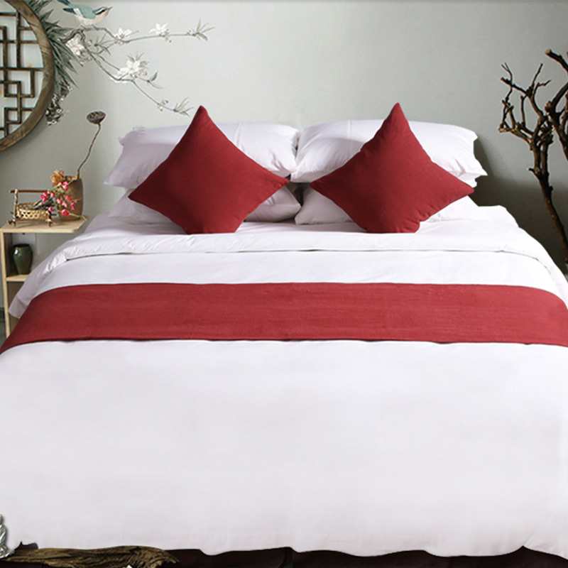 Queen size hotel bed runner and cushions