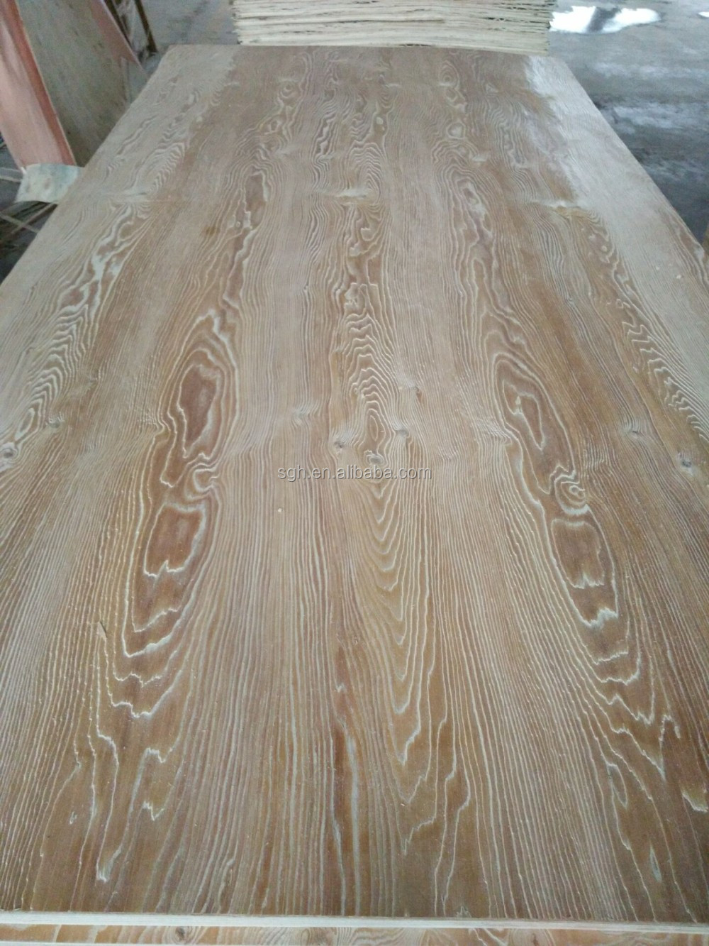 1220*2440mm E0 grade Okoume Plywood Supplier from China