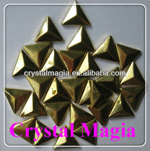 hotfix triangle metal studs for clothing