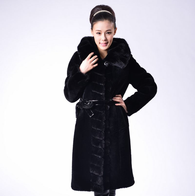 Sheep fur overcoat fur one piece women's genuine leather with a hood Women sheep shearing women's leather clothing outerwear