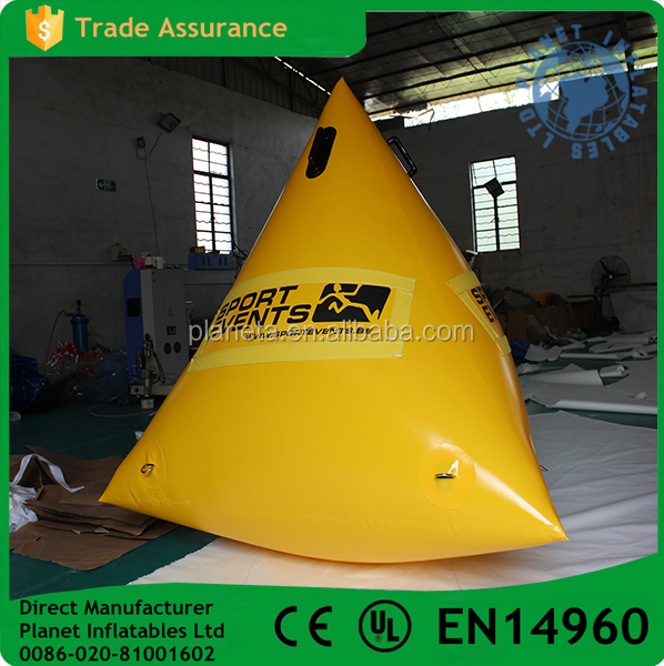 Triangle shaped swimming inflatable buoy advertising water buoy