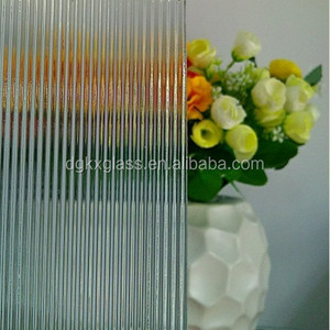 Decorative tempered patterned glass partition wall