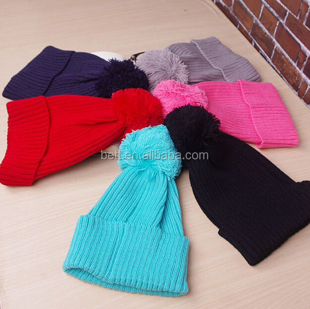 Top quality OEM/ODM selling pom pom winter hat women knitting beanie