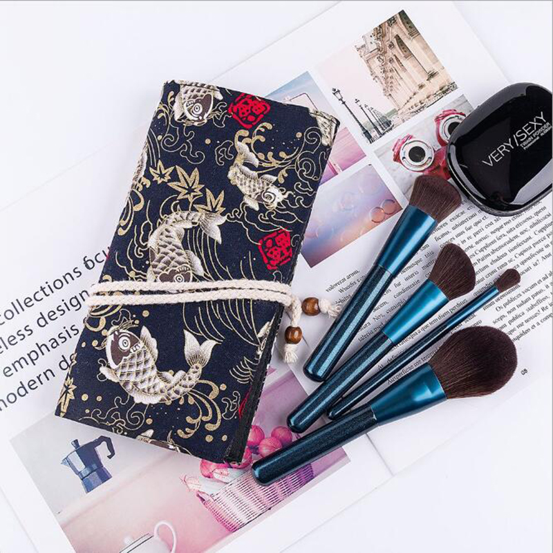 2018 Hotest Beauty Needs professional private label holder 12pcs makeup brush