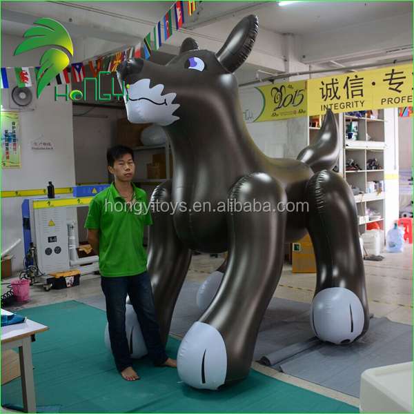 Qute Black PVC Inflatable Dog / Christmas Inflatable Cartoon Pool Toys / Inflatable Husky For Exhibition