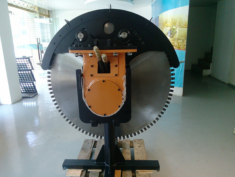 Trustworthy China Supplier Excavator Diamond Rock Saw For Sale ...