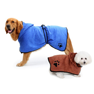 Super Water Absorption Wearable Pet Drying Coat Bathrobe Dog Walk Bath Shower Microfiber towels for Small Medium Large