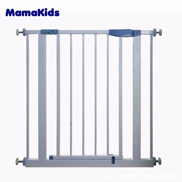 Baby safety gate for stairs and indoors for safety