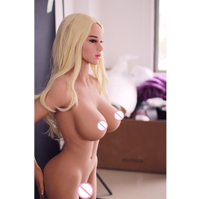 styuardessi-porno-zhenshini-i-igrushki-seks-odnu-gruppoy
