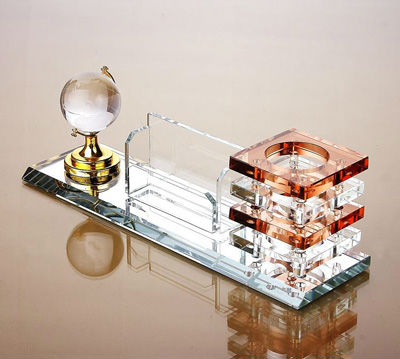 customized crystal pen holder with crystal globe