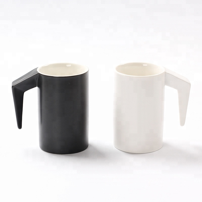 2019 Wholesale bulk plain white and black ceramic couple coffee mug cup