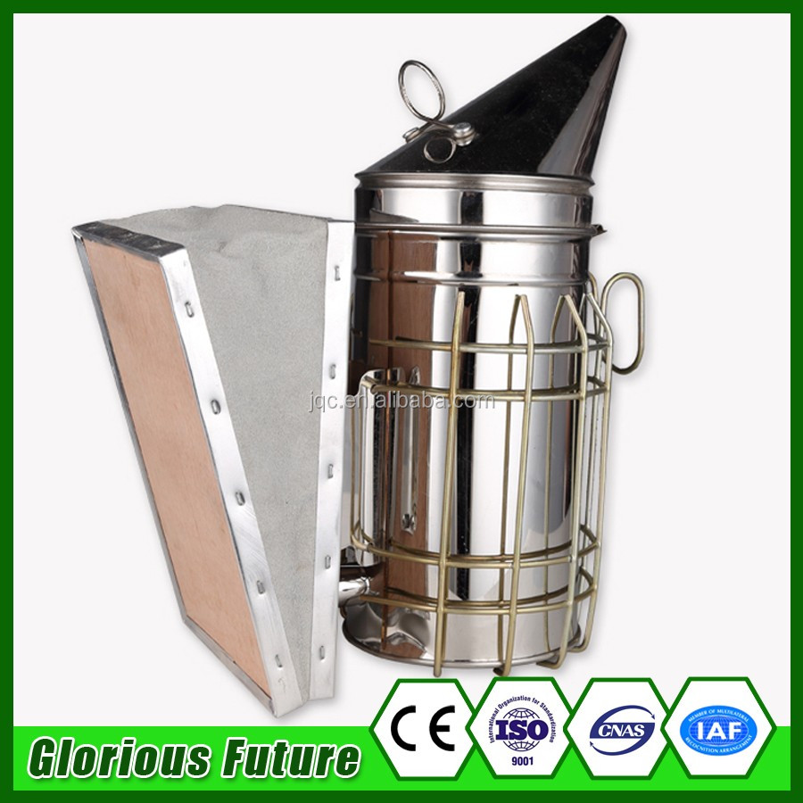 Outdoor Kitchen Furniture Ceramic Grill Bee Smoker Bees Bee Hive Smoker With Round Lid Heat Shield