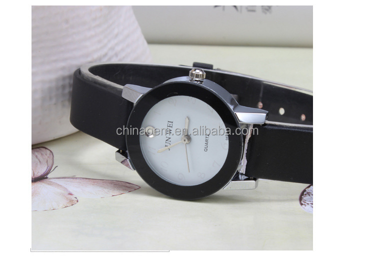 Wholesale factory direct hot selling concise design quartz fashion vogue fancy lady watches