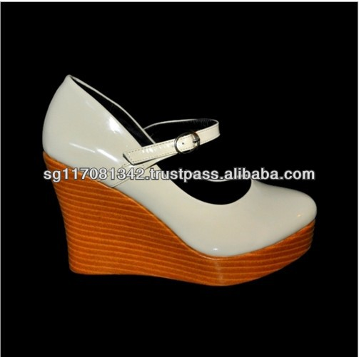 Lady Classic White Leatherette Wedge High Heel Shoes