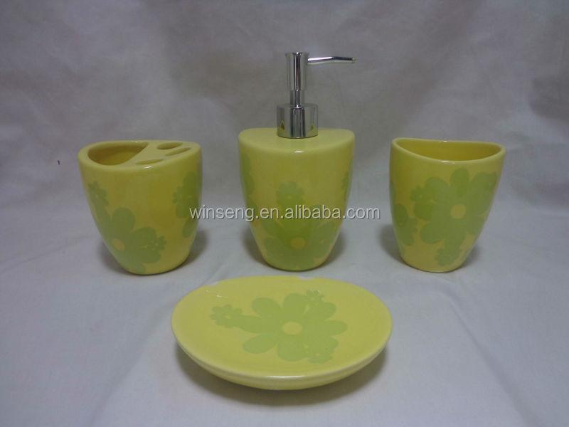 Hot Wholesale Ceramic Round Red Rose Bathroom Accessories Set