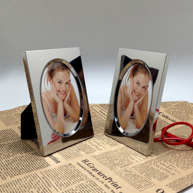 Decorativa Valentine Retrato Oval Photo Frame/Moldura de Novo Estilo de Aço Inoxidável/Mini Photo Frame