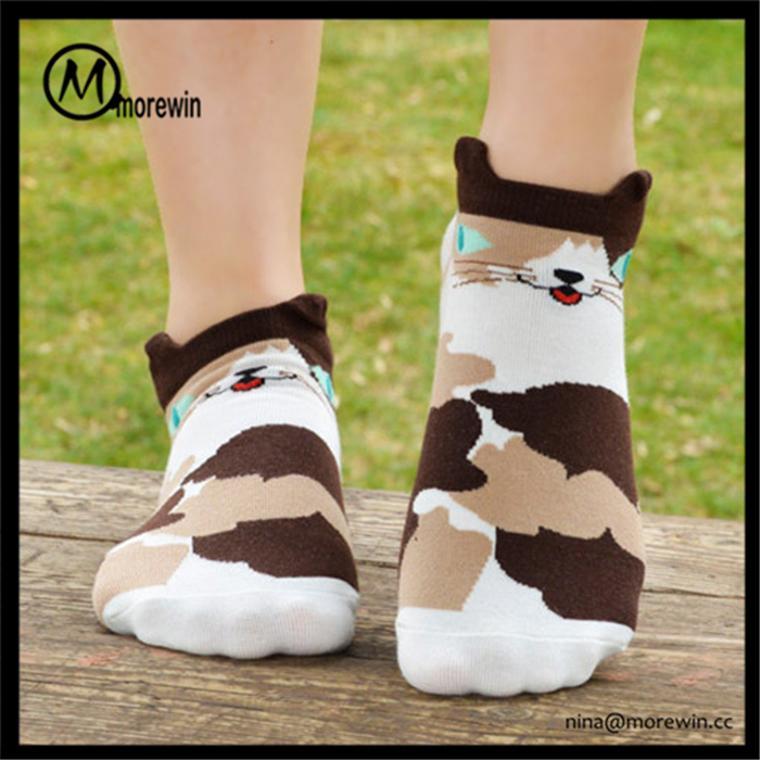 Morewin Brand Cartoon Pattern Socks Bulk Wholesale Comfortable Cat Socks