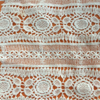 water soluble cotton lace fabric used on women's fashion garment