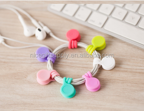 Promotional Gifts Silicone Magnet Clip Cable Winder