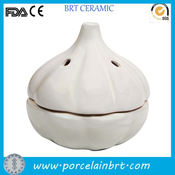 Creative design white terracotta garlic storage container for promotion