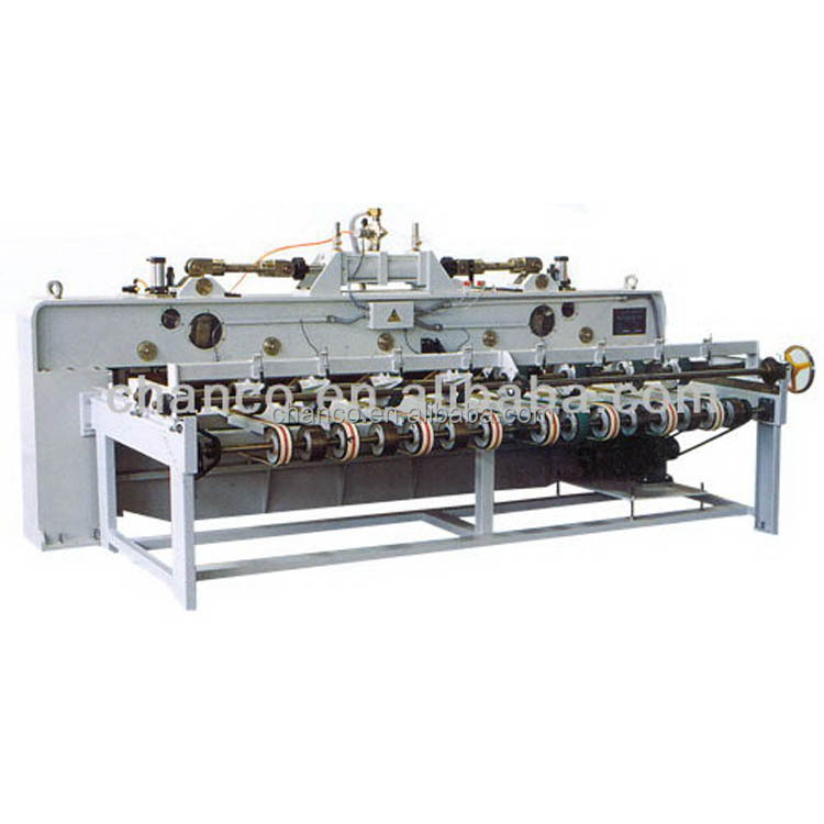 Economic professional spindle less veneer lathe with clipper