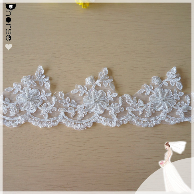 2015 Fancy Wedding Bridal Garters IN STOCK Cheap Floral Lace Trim Beaded Women Bridal Accessories DHBL1878