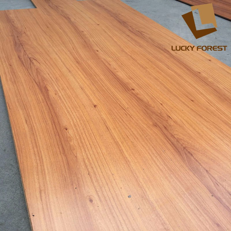 High Quality 11mm 12mm 8mm Yellow Color Best Laminate Flooring Wood