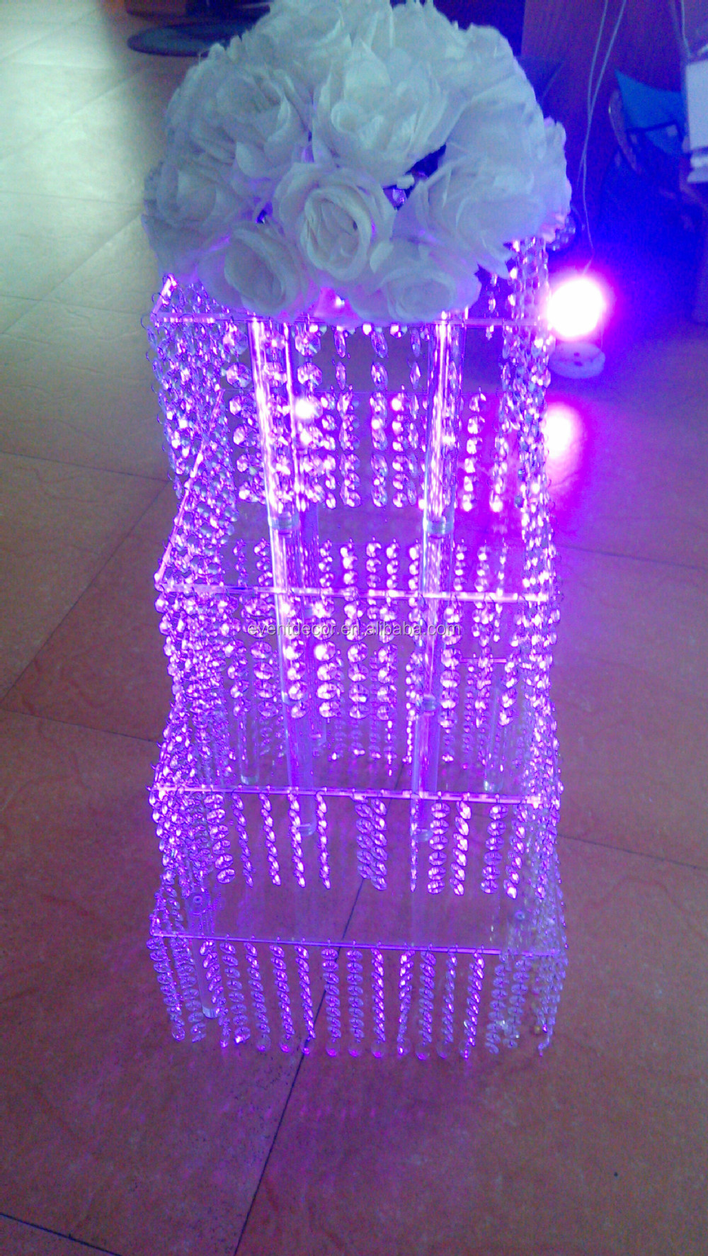 Crystal Chandelier Wedding Cake Stand Square Acrylic Cake Stand For Wholesale