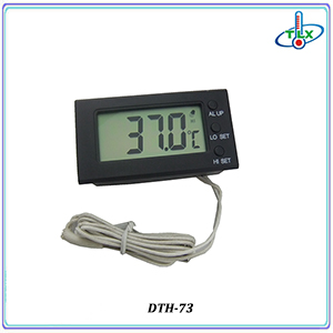 Clever Design Aquarium Water Thermometer Temperature Humidity Meter for Tank Reptile with Waterproof Probe and Suction Cup